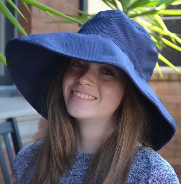The Ladies Simple Cool Hat Navy
